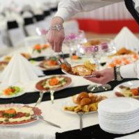 Job étudiant : accueil et service lors d'un séminaire (H/F)